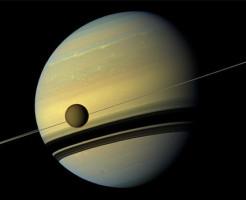 土星の衛星『タイタン』 海は塩水