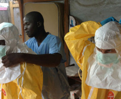 エボラ致死率52%、死者1万人・感染2万人