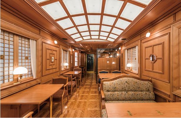 九州-寝台特急-ななつ星-クルーズトレイン-ブルームーン