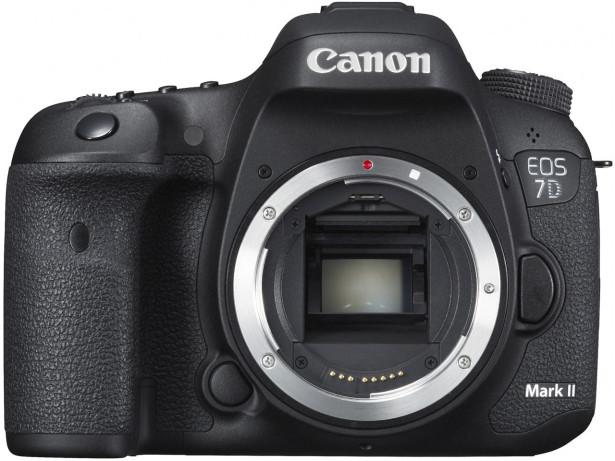 キャノン-EOS-7D-Mark2