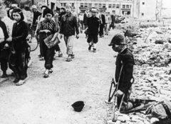 【天安門事件(中国人避け)】  3万人の中国人を拷問にかけた日本人戦犯の自供を公開